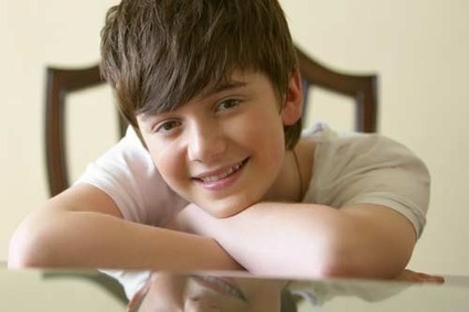 Fall in Love with Greyson Chance | Seventeen | Greyson Chance Fans News | Scoop.it