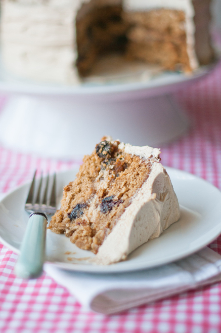 #Dessert / Oatmeal Rum-Raisin Cake | The Man With The Golden Tongs Hands Are In The Oven | Scoop.it