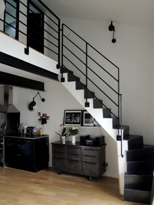 39 escalier 39 in la revue de technitoit. Black Bedroom Furniture Sets. Home Design Ideas