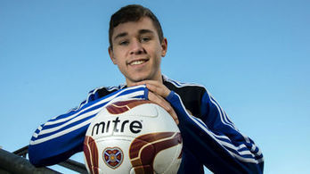 Sam Nicholson extends Hearts stay with new three-year contract   The Gorgie Report   Scoop.it