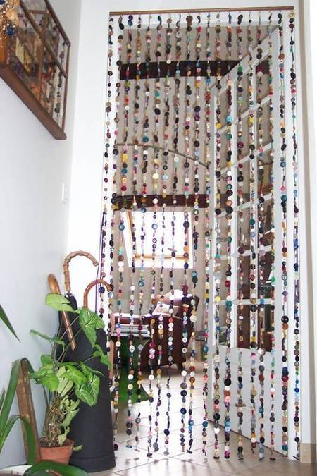 A curtain from buttons | Let's Upcycle! | Scoop.it