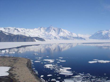 En bref : la fonte de l'Antarctique fait moins monter les eaux que prévu | Au hasard | Scoop.it