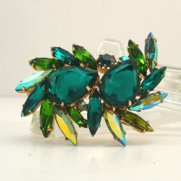 Rhinestone Brooch // Signed | Antiques & Vintage Collectibles | Scoop.it
