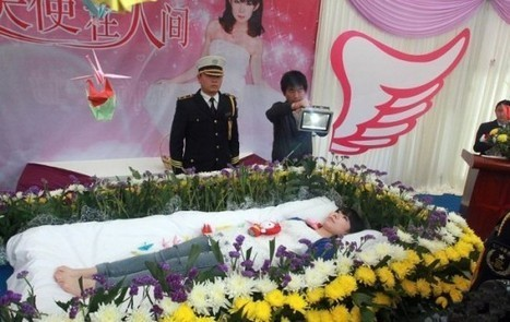 Chinese Student Holds Her Own Funeral So She Could Enjoy It | Strange days indeed... | Scoop.it