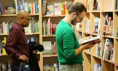 We're all talk when it comes to buying books online | Purchasing Books Online | Scoop.it