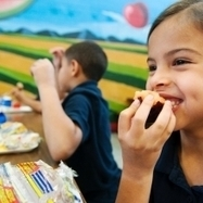 Widespread Student Acceptance of Healthier Lunches | FOOD STUDIES IN THE NEWS | Scoop.it