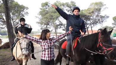 Quand « les enfants murmurent à l'oreille du cheval »... | Génération en action | Scoop.it