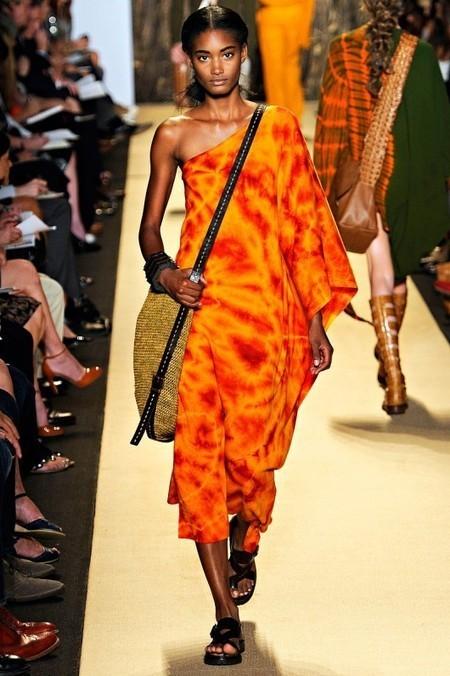 Fashion Discussion: Interpretations of African Style in Fashion | accesorios, bolsas, zapatos, ropa, carteras, libretas....productos artesanales y asociados al aspecto holístico | Scoop.it