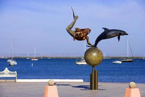 Mermaid and Dolphin Statue in La Paz, Baja California Sur, Mexico | Baja California | Scoop.it