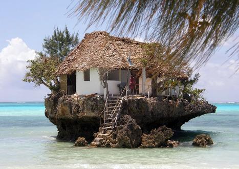 PhotoMonde | Restaurant sur un rocher, Zanzibar, Tanzanie | MILLESIMES 62 : blog de Sandrine et Stéphane SAVORGNAN | Scoop.it