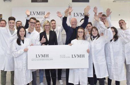 LVMH lance son École de l'Horlogerie en Suisse   Journal du Luxe.fr Actualité du luxe   Métiers, emplois et formations dans la filière cuir   Scoop.it