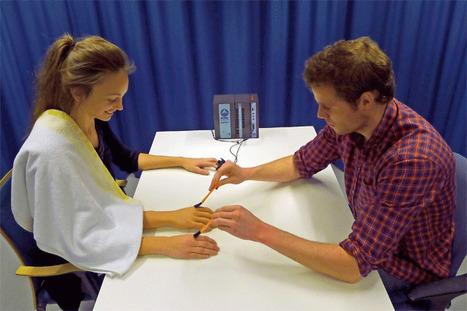Konstgjord arm lurar hjärnan | Psykologi, GiP | Scoop.it