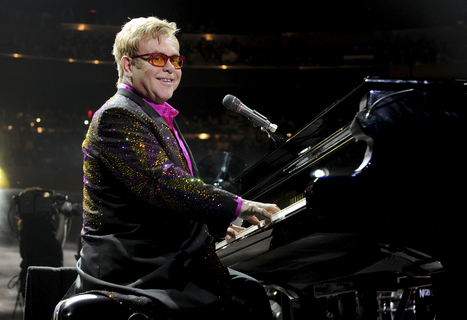 Elton John Condemns Russian Anti-Gay Law at Moscow Concert ... | Garrett's Gay Guide to Las Vegas | Scoop.it