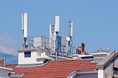 Nouveaux soupçons sur les ondes d'antennes-relais | Toxique, soyons vigilant ! | Scoop.it