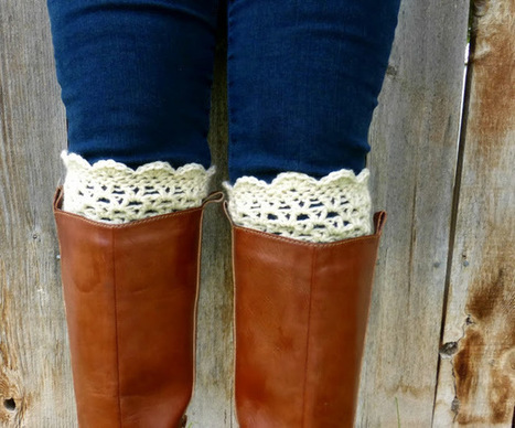Domestic Bliss Squared: Lacy Scalloped Crochet Boot Cuffs (a free ...   crochet   Scoop.it