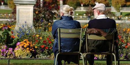 Les seniors Français sont heureux et curieux des outils technologiques pour le maintien à domicile | Actualités générales et du secteur | Scoop.it