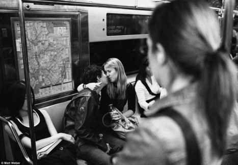 Urban romance: 30 years of photographing intimate couples and life on the streets of New York City | For the love of travel | Scoop.it