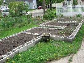 Build your own Concrete Block Raised Beds | Gardening Life | Scoop.it