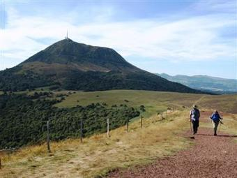 Northern Auvergne, France - Puy de Dome - Guided & Self-Guided Walking Holidays | France News | Scoop.it