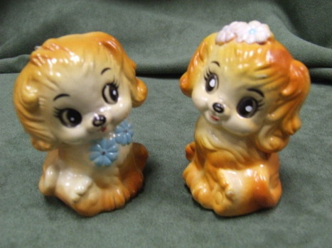 Vintage Salt & Pepper Shakers Dogs Puppies Celluloid Plastic Excellent! | JOIN SCOOP.IT AND FOLLOW ME ON SCOOP.IT | Scoop.it