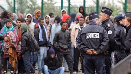 France 'jails 100 Britons' for Calais people smuggling | UNITED CRUSADERS AGAINST ISLAMIFICATION OF THE WEST | Scoop.it
