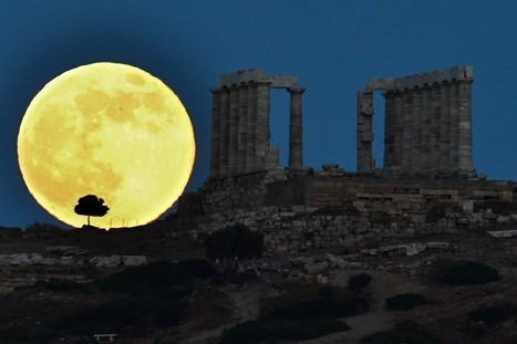 WOW: Eye-Popping Supermoon Photos From Skywatchers Worldwide | Science and Nature | Scoop.it