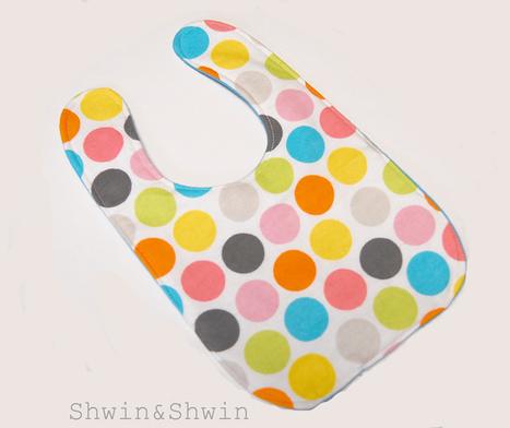 Shwin&Shwin: Baby Bibs {Free Pattern} | Baby Cool Stuff (from others) | Scoop.it