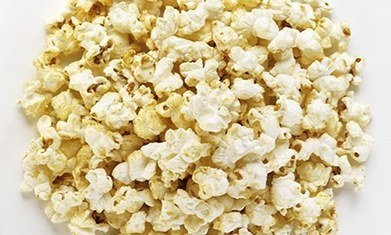 Eating popcorn in the cinema makes people immune to advertising - The Guardian | Promoting and Selling | Scoop.it