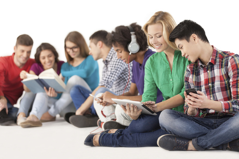 El nuevo estudiante coge sus apuntes en tablets, prefiere temarios audiovisuales y aclara sus dudas en las Redes Sociales Emagister Blog | Spanish lessons | Scoop.it