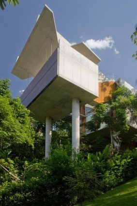 [Ubatuba, Brazil] House in Ubatuba / SPBR Arquitetos | The Architecture of the City | Scoop.it