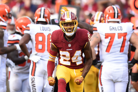Josh Norman Gives Shawn Springs Middle Finger (Emoji) | Flash News | Scoop.it