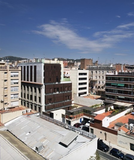 Edificio de 30 Viviendas / Rahola Vidal | Arquitectura: Plurifamiliars | Scoop.it