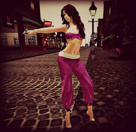 Two Girls & A Blog...: Genie in a bottle | Second LIfe Good Stuff | Scoop.it