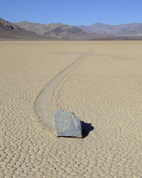 Scientist Figures Out How Those Big-Ass 'Sailing Stones' Move Themselves Across Death Valley | Core77 | cool stuff from research | Scoop.it