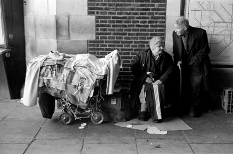 Unseen street photographs reveal London's bleak 1970's | What's new in Visual Communication? | Scoop.it
