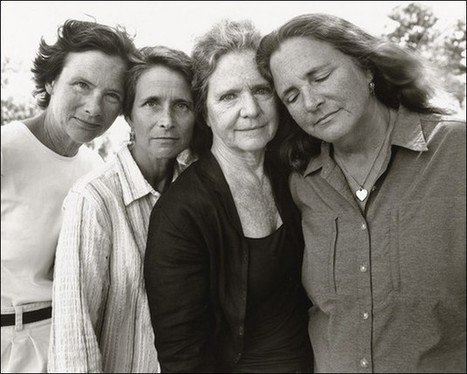 Quatre soeurs photographiées chaque année pendant 36 ans | Social world | Scoop.it