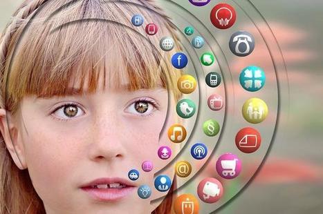 ¿Pueden los padres subir fotografías de sus hijos menores a redes sociales? | Social Media | Scoop.it