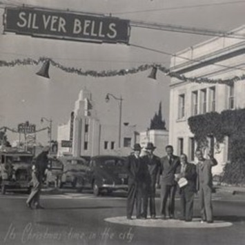 With Silver Bells On: A Favorite Christmas Memory | Antiques & Vintage Collectibles | Scoop.it