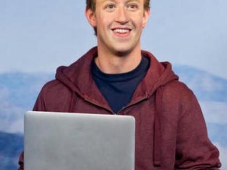 Take a selfie with wax Mark Zuckerberg at Madame Tussauds - CNET | IT News from Web Synergies, Singapore | Scoop.it