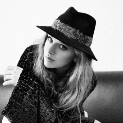 ZZ Ward's App Uses Facebook to Plot When Fans Discovered Her Music | The many ways authors are using Apple's iBooks Author and iBooks2 | Scoop.it