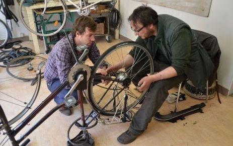 Ivry-sur-Seine: Apprendre gratuitement à réparer sa bicyclette | RoBot cyclotourisme | Scoop.it