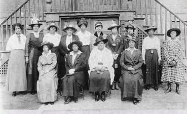 Women's roles in the 1800s