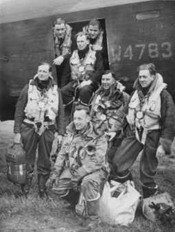 Striking by Night | 460 Squadron - Bomber Command: 1942-45 | Scoop.it