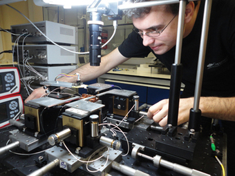 Integrated quantum circuit is most complex ever | Physics as we know it. | Scoop.it