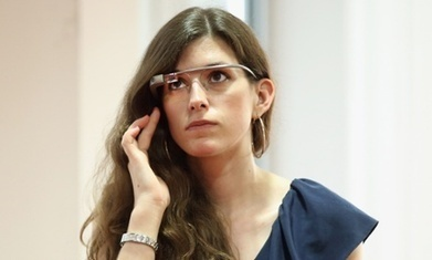 Google Glass user treated for internet addiction caused by the device | Ethical Issues In Technology | Scoop.it