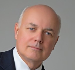 Iain Duncan Smith: Cutting Universal Credit work allowances would harm those in greatest need of help | breaking welfare news uk | Scoop.it