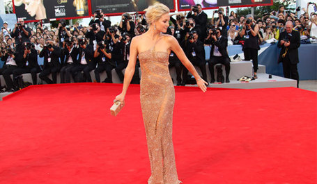 The Secret to Kate Hudson' s 6-Pack Abs - Shape