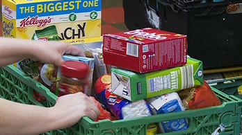 Glasgow foodbank feeding 170 adults and 130 children every month | Social services news | Scoop.it