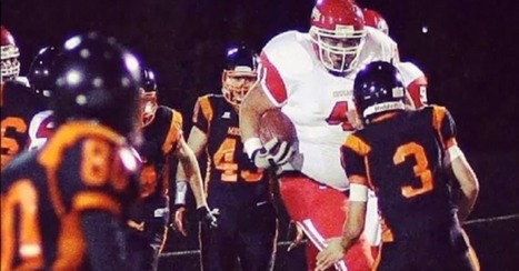 400-Pound High School Running Back Gracefully Tackles Facebook Bullies | social media top stories | Scoop.it