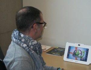 Handicap : Toulouse lance deux cabines téléphoniques en langue des signes « Sourds.net | Interprète LSF - français | Scoop.it